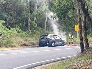 Passing motorists save children from Coast car fire