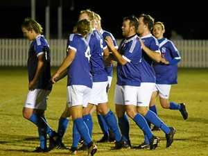Six-goal Sunbury bash United to maintain late finals run