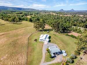 Hinterland property provides the ideal combination