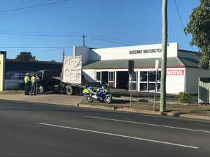 Truckie's 'ripped off' protest sign at biker shop