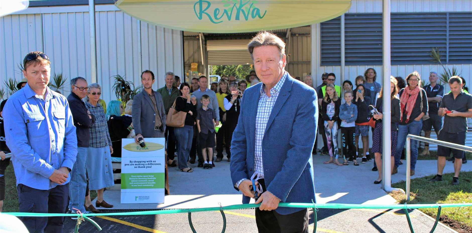 REVITALISED TIP SHOP: Mayor Tony Wellington cuts the (recycled) tape to officially open Reviva.