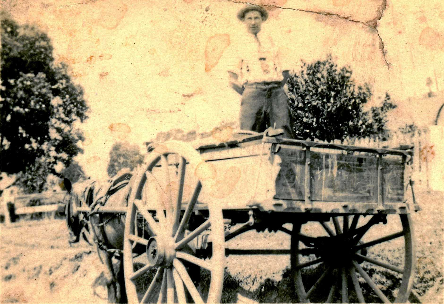 UG-17 - Lionel Mitchell on Loder's delivery cart, C.1924.