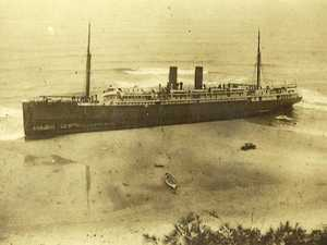 Old photos recall the day the Maheno went aground