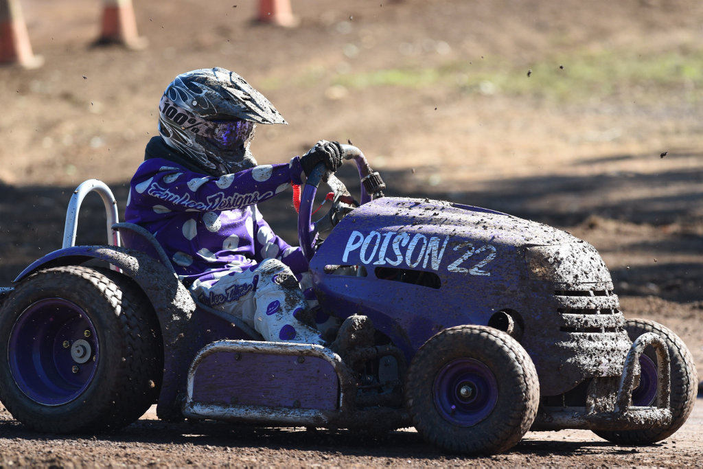 Australian Lawn Mower Racing Titles At Maryborough Trinati