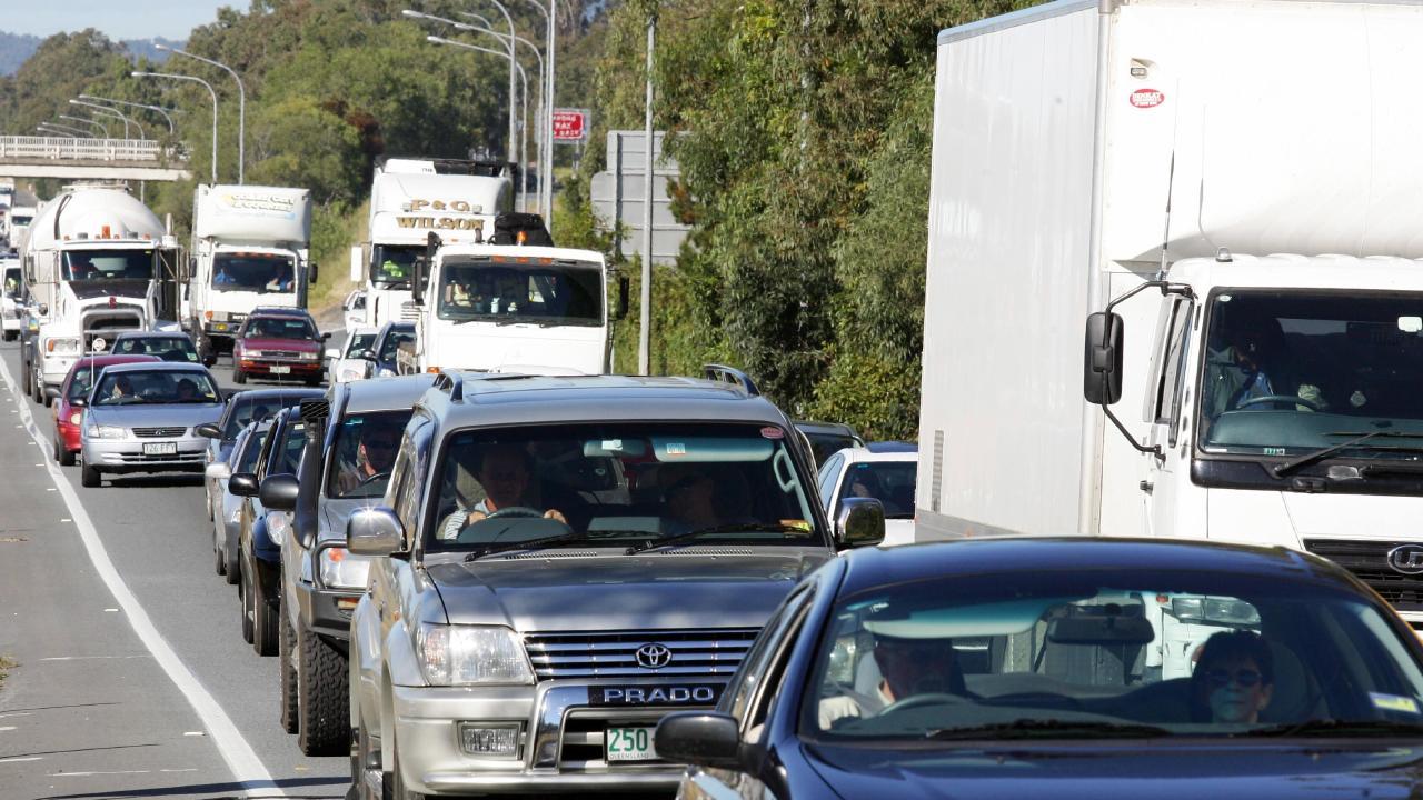 Major delays after motorway crash | Sunshine Coast Daily