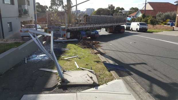 RMS defected a truck and trailer after Rosehill crash