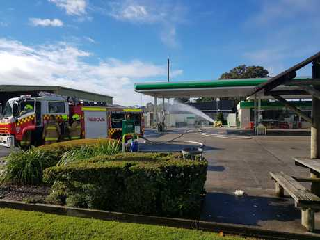Three people have been evacuated after a gas leak at a Ballina service station.