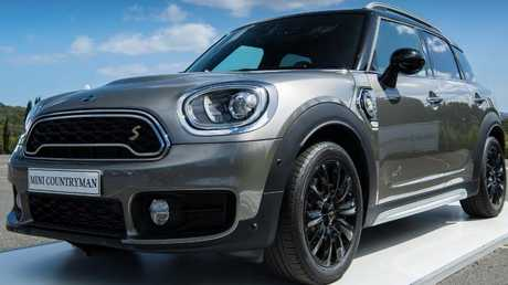 Mini is revving up its electrified car portfolio.