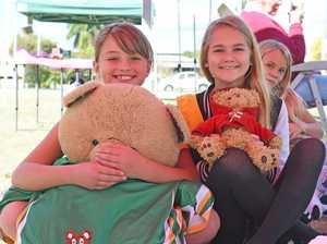 Teddy Bear's Picnic: Mia Hazell and Shelby
