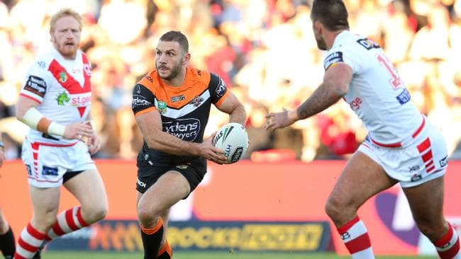 Robbie Farah was superb for the Wests Tigers as they edged the Dragons. Picture: Getty Images