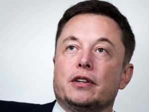 Hero diver slams Musk 'PR stunt'