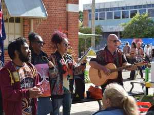 Jon Vea Vea performs with Maryborough singing group
