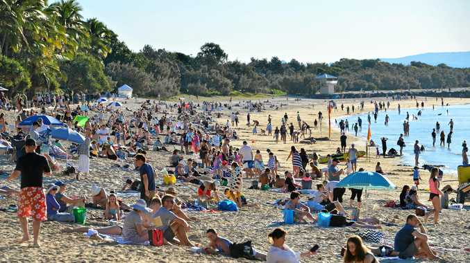 Holiday-makers make the most out of beach despite cold