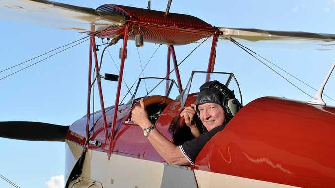 Aspiring Qantas pilots could benefit from aviation history