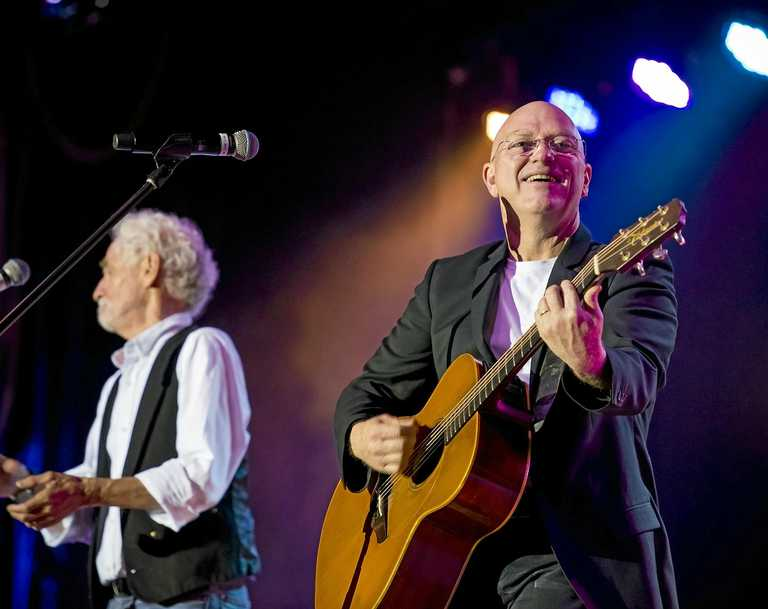 Mark Shelley and John Robertson are bringing Simon & Garfunkel The Concert to Caloundra Events Centre.