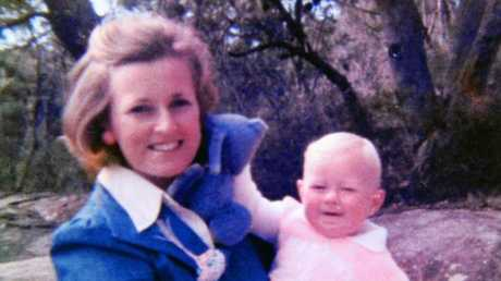 Missing woman Lynette Dawson with her daughter.
