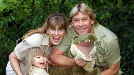 Terri and Steve with their daughter Bindi in 2002