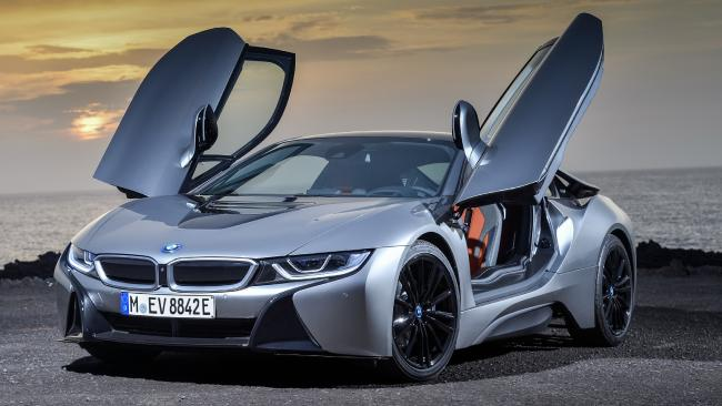 BMW's updated hybrid supercar goes topless