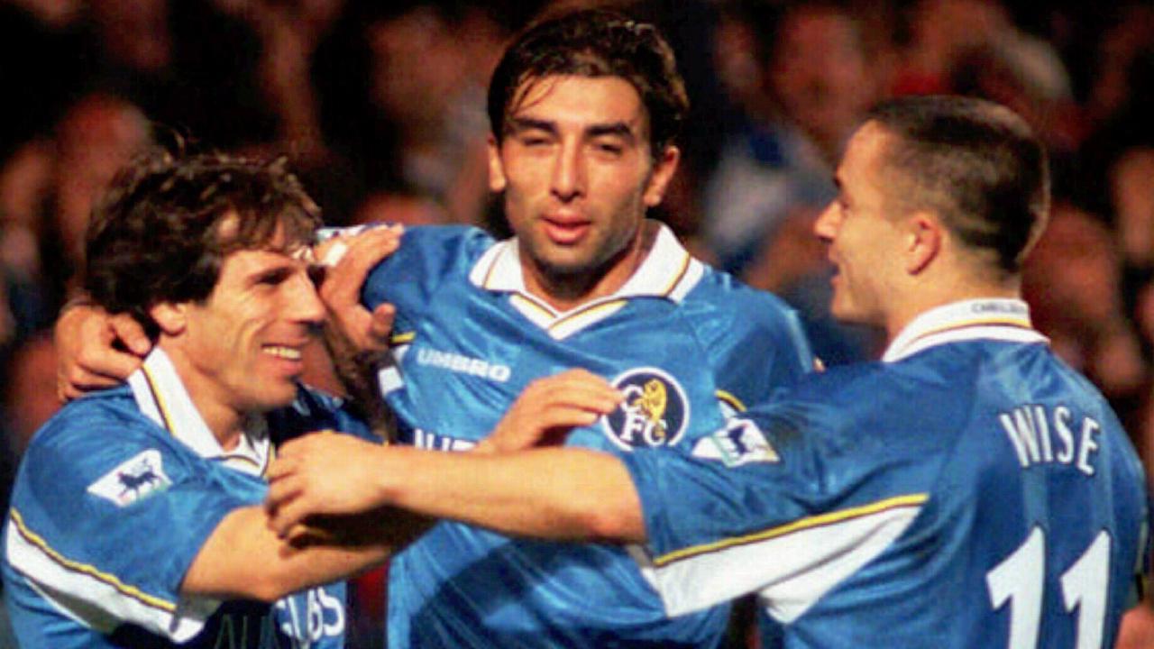 Roberto di Matteo (C) and Dennis Wise (R) congratulate Gianfranco Zola in 1997.