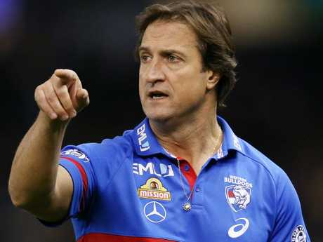 Luke Beveridge has questioned Damian Barrett's integrity.