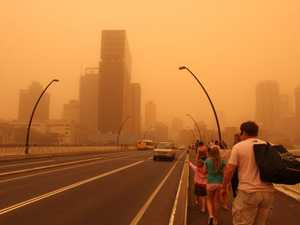 Dust storms build across Queensland