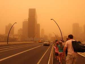 Dust storms build across Queensland