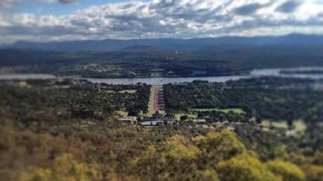Canberra from Mount Ainslie. Picture: Melanie Tait/Instagram.com/melaniejtait)