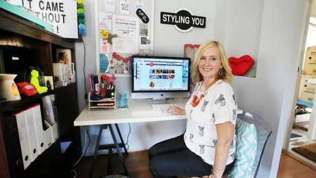 Nikki Parkinson working from her former home in Maroochydore. Picture: Glenn Barnes.
