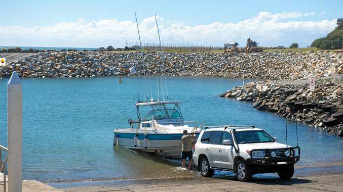 recreational fishing boat at Coffs Harbour boat ramp..  23 March  2016. Photo: Trevor Veale / The Coffs Coast Advocate