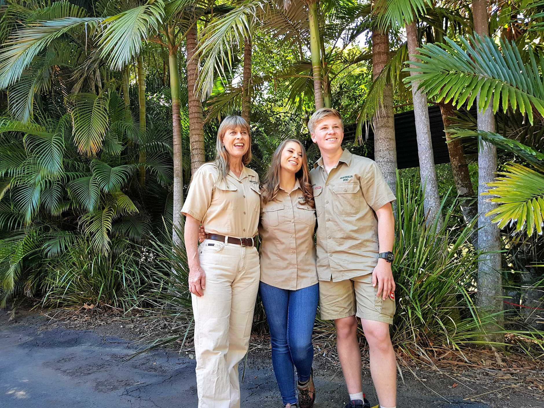 Terri, Bindi and Robert Irwin.