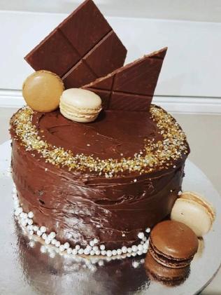 Rosanna Duardo kept the theme of her cake 'chocolate'.