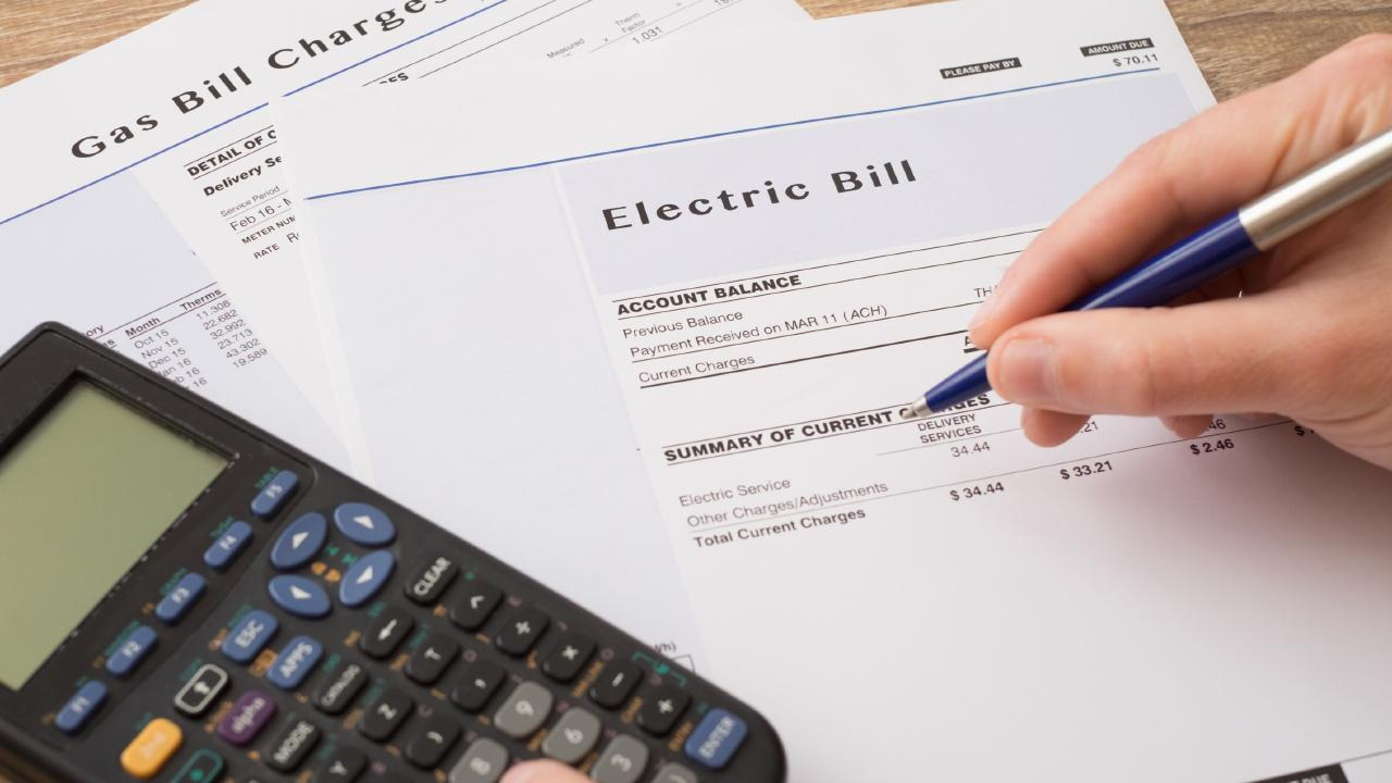 New energy policy could help consumers save hundreds.