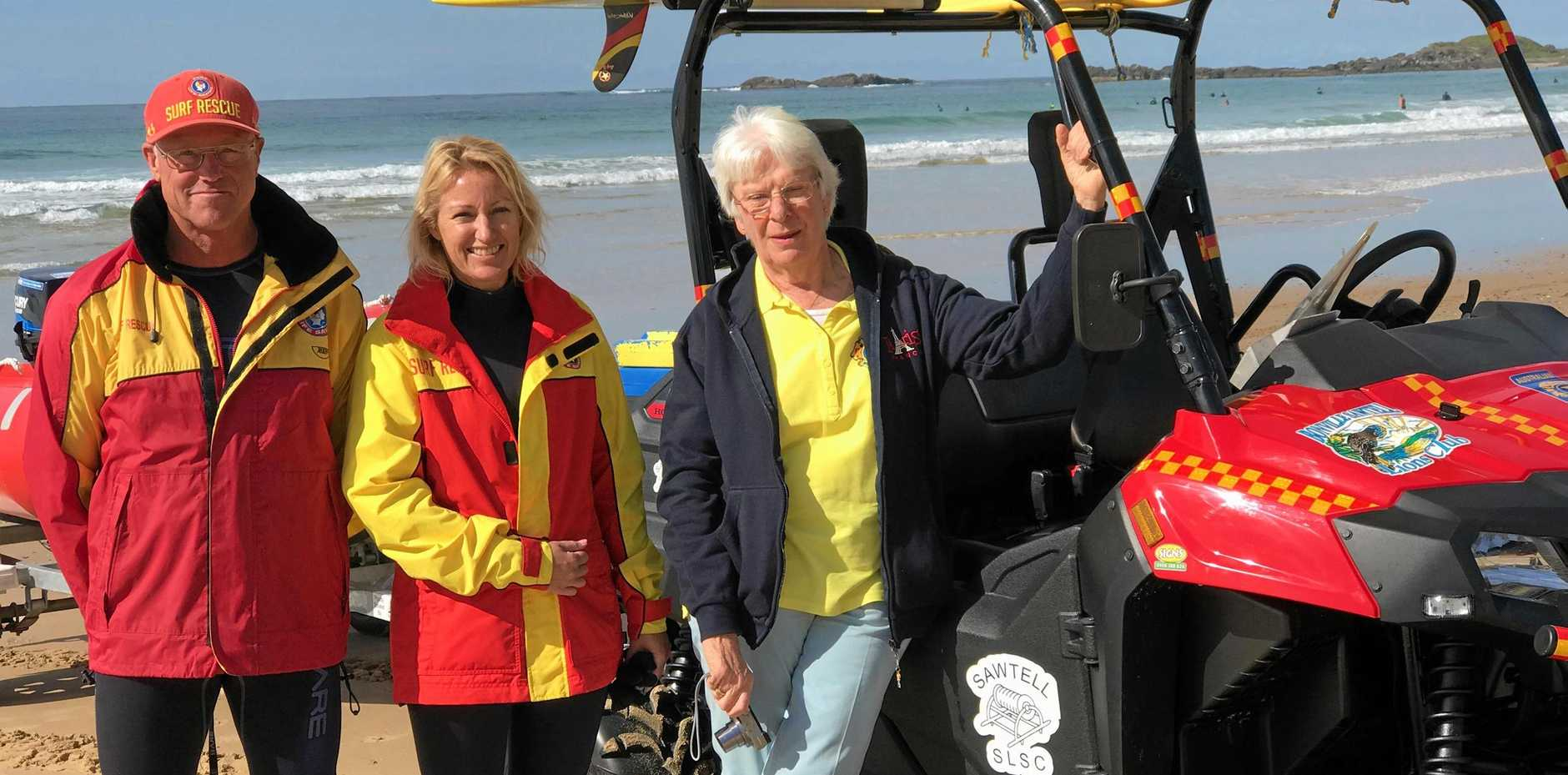 GOOD TIMING: Club captain Steve Rayson, vice club captain Shelley Lantry and Bonville Sawtell Lions Club vice president Pauline Cahill.