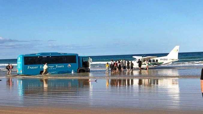 The Central Queensland Plane Spotting Blog has shared photos of a bus attempting to rescue the Air Fraser Island Airvan ahead of high tide.