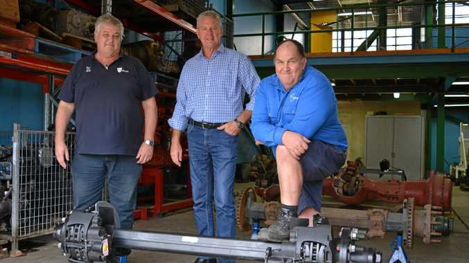 HELPING HAND: BPW Transpec is helping students with the donation of a disc brake semi-trailer axle and specialised tools.
