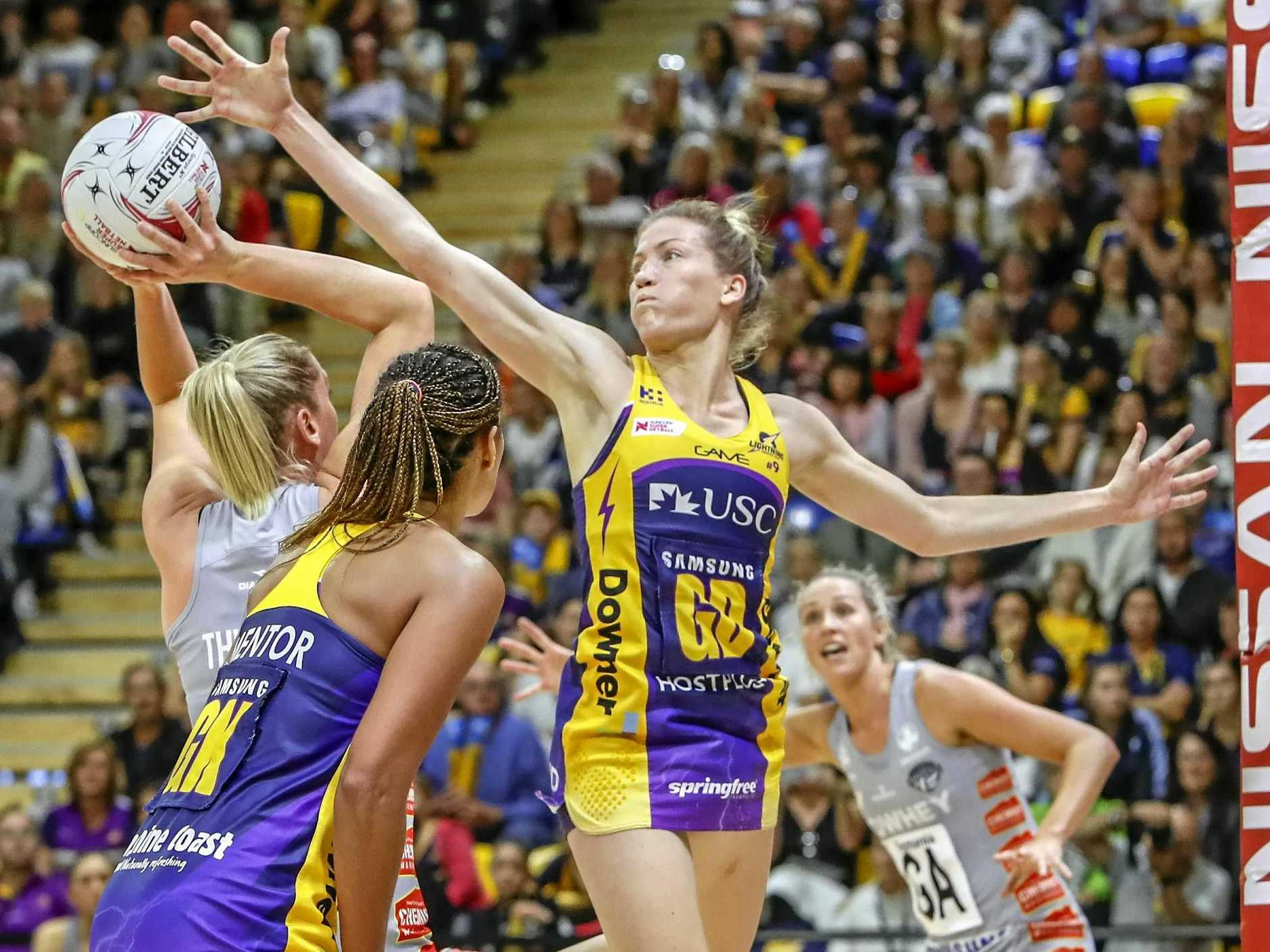 Karla Pretorius of the Lightning attempts to block a shot during the Round 11 Super Netball match between the Sunshine Coast Lightning and the Collingwood Magpies  at the University of the Sunshine Coast Sports Stadium in Sippy Downs, Queensland, Saturday, July 14, 2018. (AAP Image/Glenn Hunt) NO ARCHIVING, EDITORIAL USE ONLY