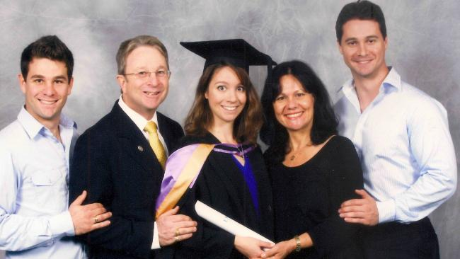 Nathan Kinny (left) with his father Rob, sister, mother Karin, and brother.