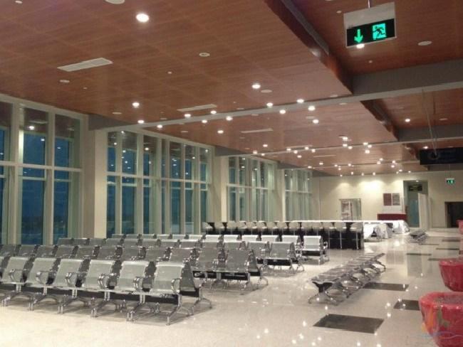 Plenty of seats. Picture: Amila Tennakoon