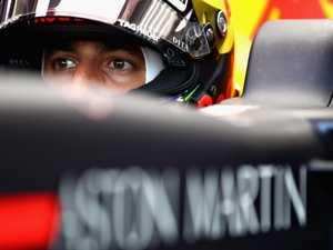 Ricciardo holds out past Red Bull contract deadline