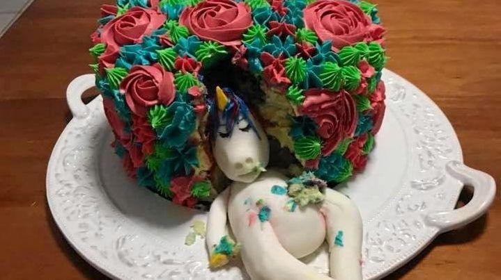Kaysea Carey: The cake I made for my niece's 6th birthday.