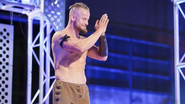 Espen Hjalmby on Australian Ninja Warrior.