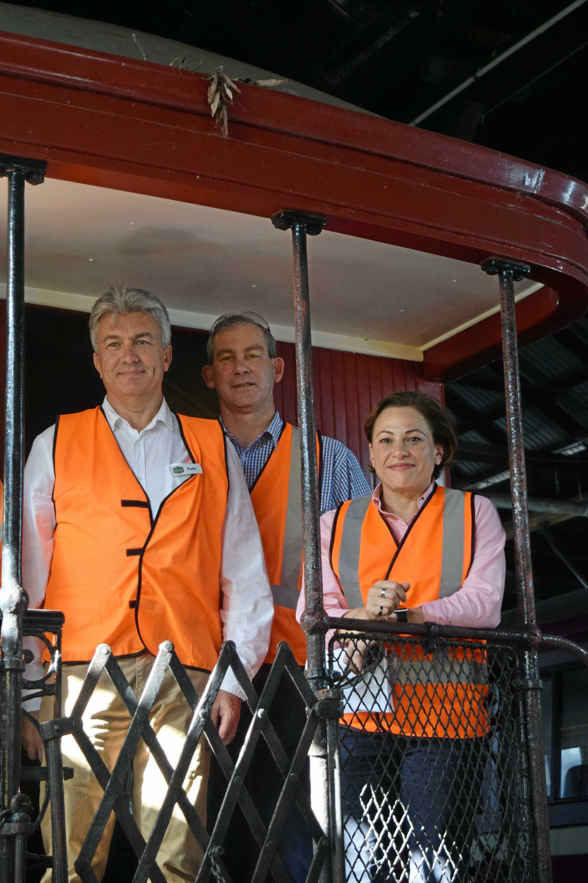 Peter Blashki, Mayor Mick Curran and Deputy Premier Jackie Trad at the Mary Valley Rattler workshop.