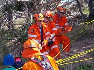 Calliope SES practice vertical rescues at 1770 headland
