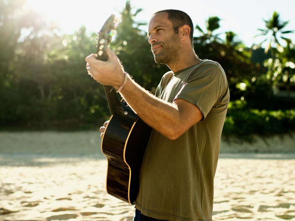 Jack Johnson wants festival goers and artists to get behind the BYOBottle campaign.