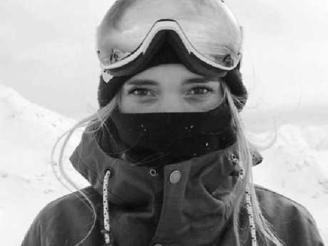 British snowboarder Ellie Soutter died on her 18th birthday.
