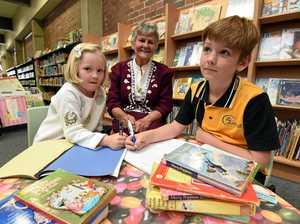 Imaginative stories to scoop Oz's richest literary comp