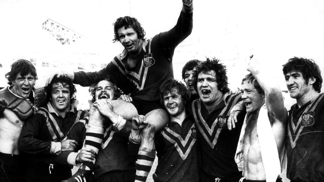 Skipper Graeme Langlands cheered on by his teammates after their victory in the third test against Great Britain in 1974. Pic: News Ltd. Rugby League Historical