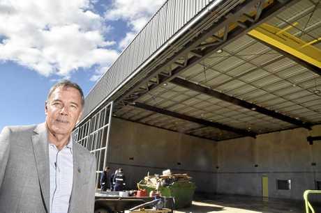 Stewart Morland with hanger. Lifeflight constuction progress of new hangar. Auigust 2018