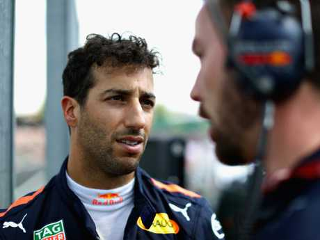 Ricciardo to leave Red Bull for Renault at end of F1 season