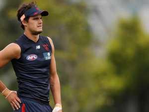 AFL stars slam 'cruel' fan criticism of retiring 21-year-old